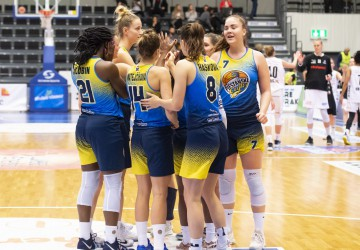 Playoffs 2019: eight games in six countries